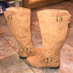 Tall STEVE MADDEN leather boots! Almost brand new